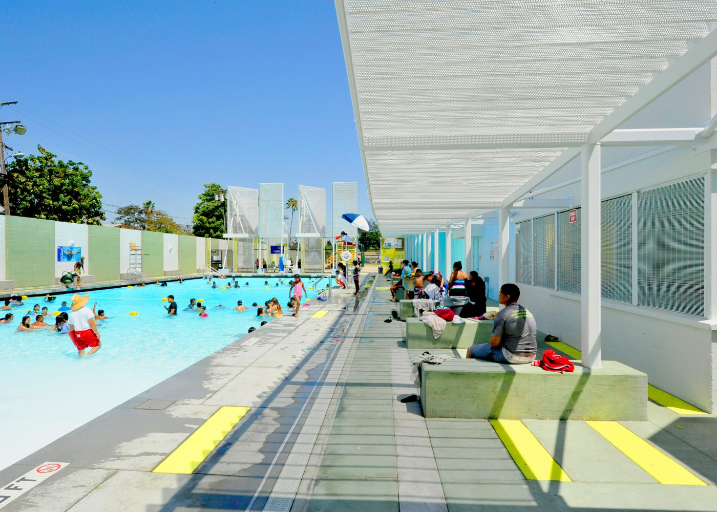 CENTRAL POOL_02